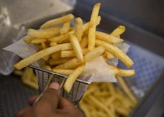 Come friggere senza olio: i segreti per una frittura croccante senza grassi