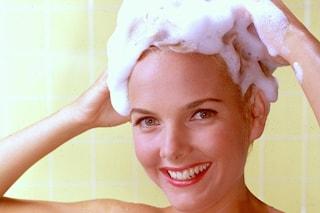 10 errori da non fare quando ti lavi i capelli