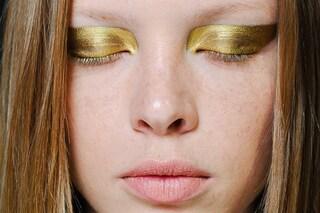Tendenze trucco per l'autunno 2014: gli occhi si vestono di glitter e riflessi metal  (FOTO)