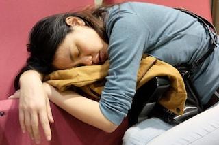 Perdere peso dormendo: ecco come dimagrire durante il sonno
