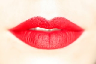 5 consigli per avere labbra perfette in autunno e combattere il freddo