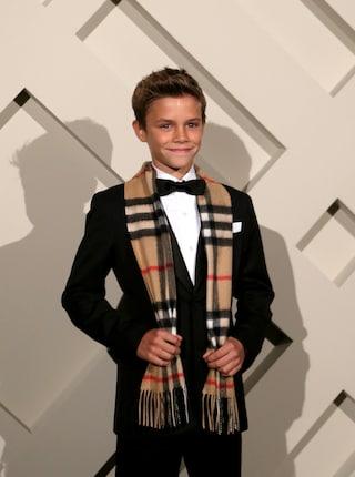 "Romeo Beckham, a 12 anni testimonial ""natalizio"" per Burberry (FOTO)"