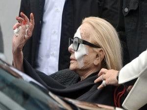 Sandra Mondaini ai funerali