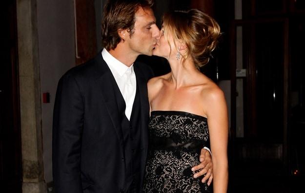 bacio per la coppia