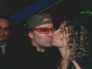 """Annuncio shock del rocker di Zocca dalla sua bacheca Facebook, manco fosse un """"clippino"""" qualunque: """"In estate sposerò Laura, siamo da 25 anni insieme""""."""