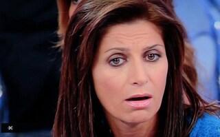 """Lite a Uomini e Donne, Barbara De Santi furiosa con Nino: """"Zitto tu che sei disoccupato"""""""