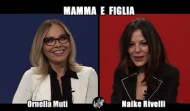 Ornella Muti e Naike Rivelli nell'intervista doppia a Le Iene