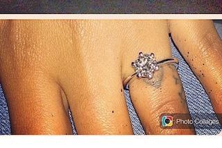 Fanny Neguesha annuncia il matrimonio con Balotelli su Instagram