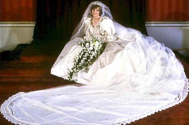 Vestiti Da Sposa Anni 80.L Abito Da Sposa Di Lady Diana In Regalo A Harry Per I Suoi 30 Anni