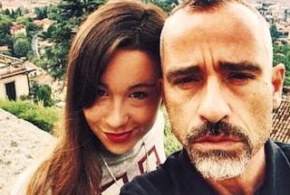 Aurora Ramazzotti segue le orme di papà Eros e canta John Legend (VIDEO)