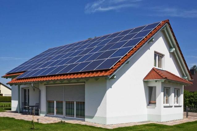 Incentivi fotovoltaico la detrazione per installazione di for Immagini pannello solare