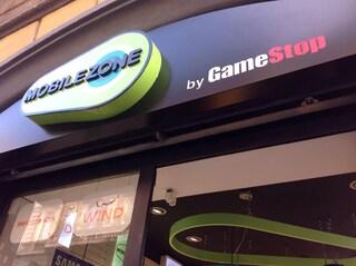 GameStop inaugura MobileZone, il nuovo progetto che porta il mondo mobile negli store