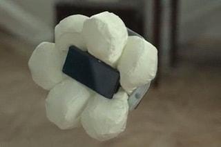 Da Honda arriva l'airbag per gli smartphone [VIDEO]