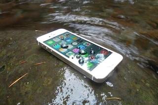 Impervious, lo spray che rende resistente all'acqua l'iPhone e tutti gli smartphone [VIDEO]