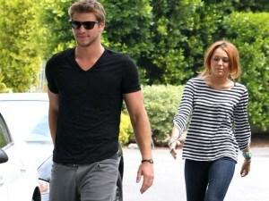 Liam incontri Miley Cyrus Cyrano Agenzia di incontri Eng Sub pieno