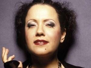 Antonella Ruggiero I Regali Di Natale.Antonella Ruggiero Nel Nuovo Album Regali Di Natale Ai Suoi Fan