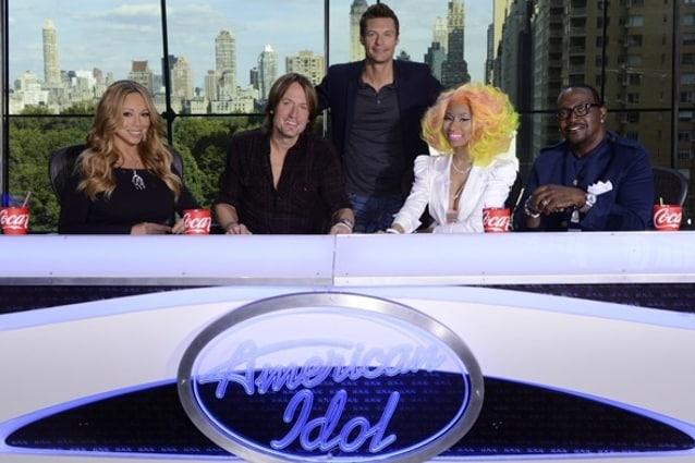 American Idol si inserisce tra i due litiganti, The X Factor e The Voice, con un cast di primo livello: Mariah Carey, Keith Urban, Randy Jackson e Nicki Minaj. Il dopo Lopez-Tyler è iniziato e a vincere, alla fine, sarà la Fox (che possiede anche il talent del fattore x!).