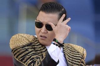 Psy fischiato all'Olimpico durante la finale di Coppa Italia Roma - Lazio (VIDEO)