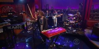 La strana (e criticata) esibizione degli MGMT al David Letterman Show (VIDEO)
