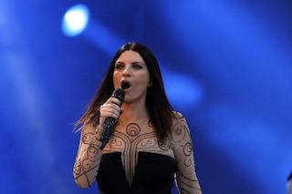 Laura Pausini annuncia le ospiti del suo One Woman Show su Facebook