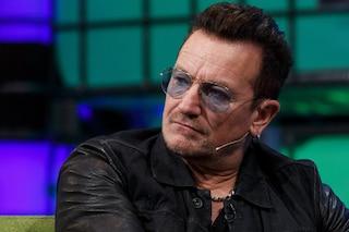 """Bono Vox torna sui suoi recenti problemi di salute: """"Ho quasi smesso di esistere"""""""