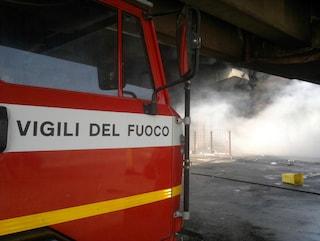 Capaccio, fiamme in un negozio di fiori: evacuato un intero palazzo