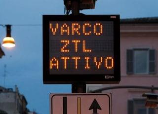 """Roma, stop a Diesel Euro 3 nella Ztl Anello Ferroviario. Raggi: """"Incentiviamo uso mezzi pubblici"""""""