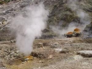 L'uso di iniezione idraulica nelle centrali geotermiche potrebbe provocare sciami sismici nelle aree limitrofe.