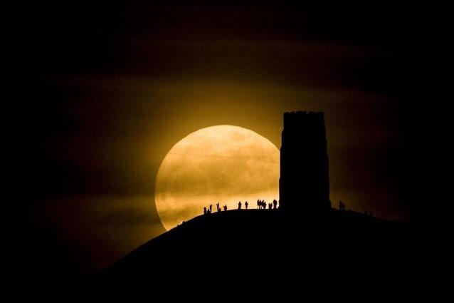 super luna marte saturno protagonisti spaziali dei cieli di maggio