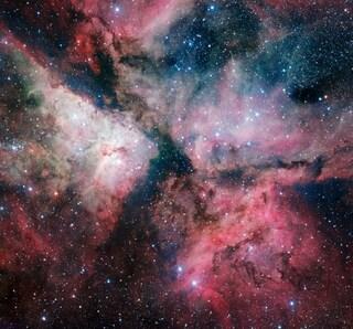 La Nebulosa della Carena in un ritratto spettacolare