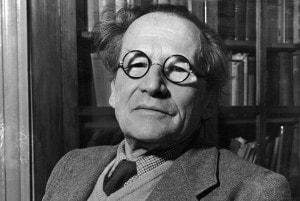 Schrödinger negli ultimi anni. Morirà nel 1961.