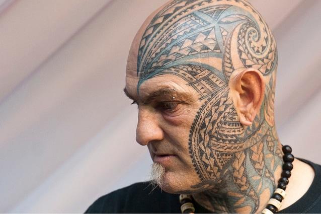 """Artista """"tatoo"""" presente alla London Tattoo Convention 2013."""