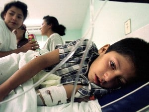 Giovane honduregno con febbre di Dengue.