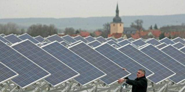 La riduzione delle emissioni è un obiettivo ambizioso ma tutt'altro che impossibile, grazie a scienza e tecnologia.