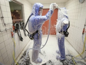 Procedure di decontaminazione da ebola.