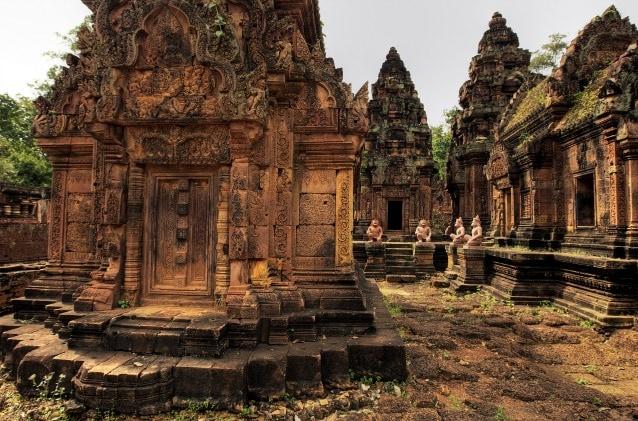 Particolare del tempio di Angkor, considerato il più esteso edificio religioso del mondo