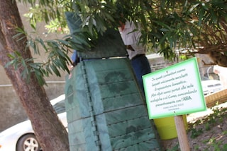 Come risolvere l'emergenza rifiuti di Napoli? Con il compostaggio condominiale!
