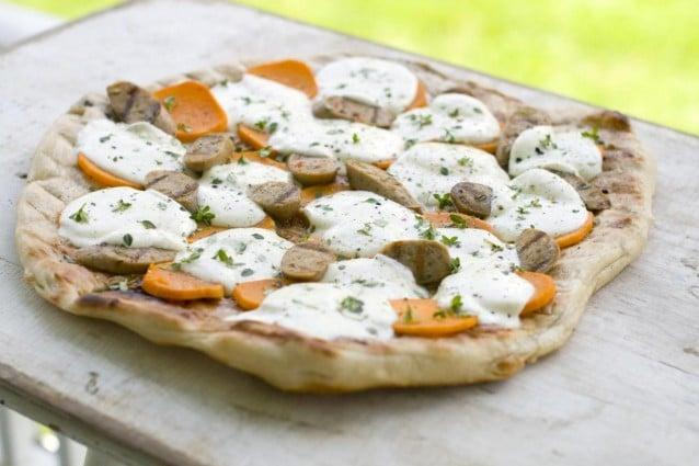 A Napoli una pizza costa 100 euro, ma solo per deputati e senatori