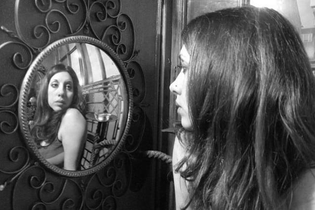 Immagine Allo Specchio.Narciso Allo Specchio Distorsioni E Turbamenti Della Psiche