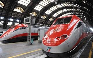 Da oggi si potrà viaggiare occupando tutti i posti (senza distanziamento) a bordo treno
