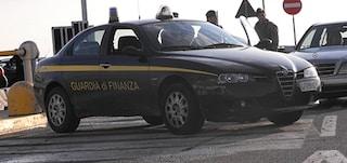 Paura a Isernia, sparatoria tra finanzieri e rapinatori in fuga: un ferito