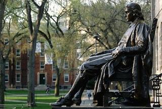 """Harvard boccia le misure del governo contro il Coronavirus: """"Sottovalutazione rischio ed errori"""""""