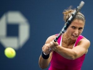 A New York Sara Errani elimina l'amica, e compagna di doppio, Roberta Vinci e si qualifica per le semifinali degli Us Open. Era dal 1930 che un'italiana non giocava le semifinali degli Us Open.