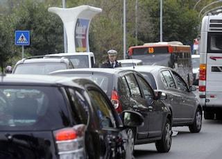 Arriva il dl ambiente: bonus di 2mila euro per rottamare auto e sconti su cibi non confezionati