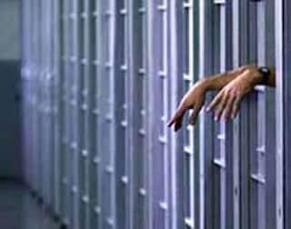 """""""Qui in carcere impossibile tenere distanze di sicurezza, non dimenticateci, non meritiamo la morte"""""""