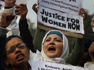 indiano stupro sesso