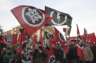 Casapound in piazza sabato alla manifestazione della Lega, Forza Italia si spacca