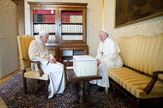 """""""Il Papa è uno solo"""": Ratzinger racconta le sue dimissioni 8 anni dopo"""