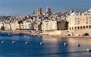 Finisce l'odissea dei 161 studenti bloccati a Malta in quarantena: sono arrivati in Italia