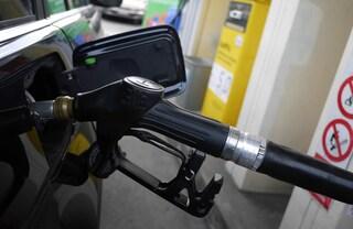 Decreto fiscale, stretta contro frodi sui carburanti: cosa prevede e quanto si potrà recuperare